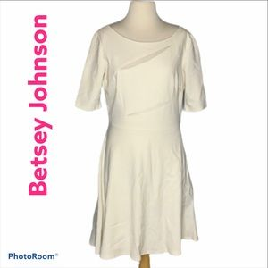 Betsey Johnson fit and flare dress cream size 12